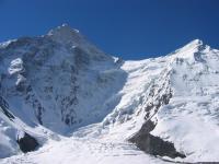 Khan Tengri si varful secundar al lui Chapaev